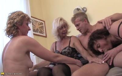 Порно Видео Сочные Зрелые